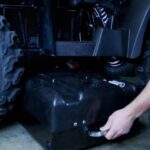 Removing the battery of the ATV Stealth 2wd